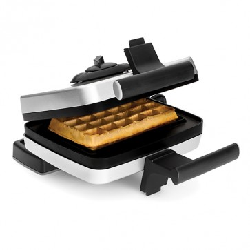 Bundle Belgian Waffle Maker including Liège waffle plate (M001) and traditional US style waffles (M002)